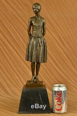 Artisanal Bronze Sculpture Marble Base House Housewife Mom Original Signed