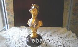 Bust In Gilded Bronze And Silver On Marbre Signed A. Caron Art Nouveau Late 19th Century