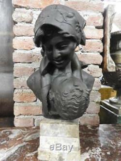 Magnificent Bronze Sculpture Signed Mom Hug Of Merente On Marble Base