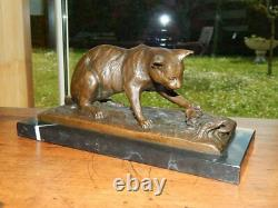 Sculpture In Bronze Chat On Marble Base Signed Milo