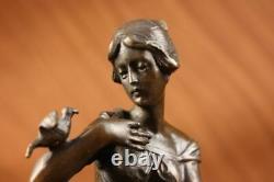 100% Bronze Signé Lady Femme Assis Sur Chaise Oiseau 10 Sculpture Marbre Base