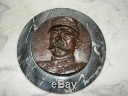 ANCIENNE Médaille en BRONZE du Général PAU Socle en Marbre Signé H. CHENOT