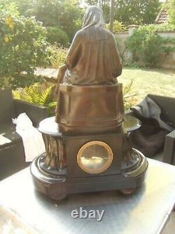 Ancienne pendule marbre bronze signé JAMES PRADIER statue 1790-1852 Piéta