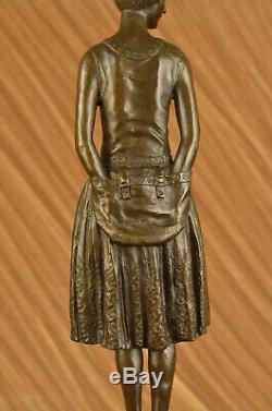 Artisanal Bronze Sculpture Maison Base Marbre Femme au Foyer Mom Original Signé