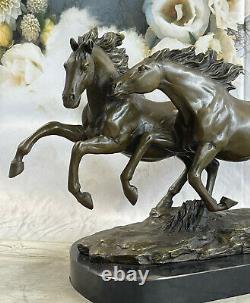 Bronze Sauvage Chevaux Marbre Base Signée Statue Sculpture Figurine Fonte