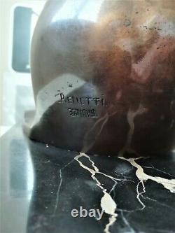 Bronze à patine doré (Mouette sur vague) posé sur marbre noir, signé Renetti