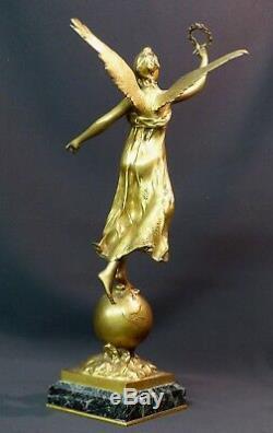 C 1910 belle Sculpture bronze doré P. DUCUING la renommée 42c3.3kg Barbedienne
