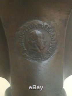 Double encrier signé BARBEDIENNE bronze patiné et marbre griotte XIX ème parfait