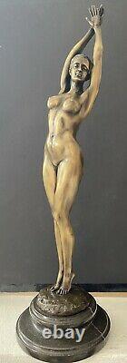 Élégante Érotique Sculpture en Bronze Nu Signé Raymondo Sur Base en Marbre