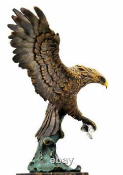 Figure en Bronze Bronze Aigle Signé Baryeauf Base en Marbre Nachguss