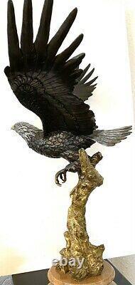 Figure en Bronze -bronze Aigle Sur Base Marbre Signé A. Barye Multicolore Patine