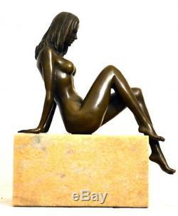 Figure en Bronze -handgefertigter Bronze Nu de Raymondo Signé sur Base en Marbre