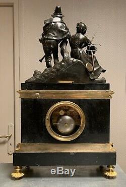 Magnifique Pendule en bronze a double patine et marbre signée LAGUESSE & FARRET