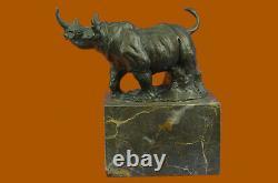 Milo Rhinocéros Serre-Livre Signé Original Marbre Base Bronze Sculpture Statue
