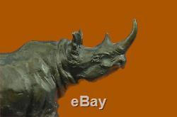 Milo Rhinocéros Serre-Livre Signée Original Marbre Base Sculpture Statue Nr