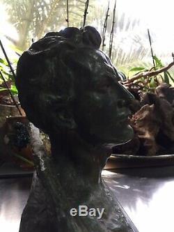 Ouline Alexandre. Buste Dhomme. Bronze A Patine Verte Sur Socle Marbre Noir