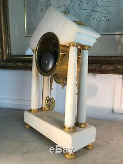 Pendule Portique Epoque Empire En Marbre Et Bronze Doré Cadran Signé De 43 CM