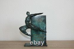 Sculpture en bronze commémorative à patine noire à effet marbré de vert