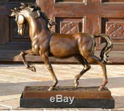 Sculpture le / la Cheval de Medici en Bronze sur Base Marbre Signé -nachguss