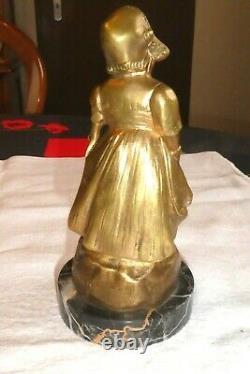 Sculpture statue en bronze doré signé G de THOUIN XIXème une femme socle marbre