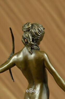Signe Chair Diana The Hunter Avec Chasse Chien Bronze Sculpture Marbre Statue