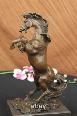 Signé Milo Excited Élevage Cheval Fonte Bronze Marbre Sculpture de Course Marbre
