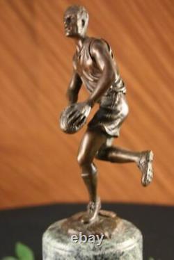 Signé Véritable Bronze Sur Marbre Football NFL Rugby Athlète Figurine Décor