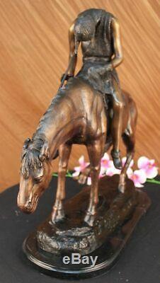 Signée Américain J. Frazer Indien Homme Sur Cheval Bronze Sculpture Marbre Base