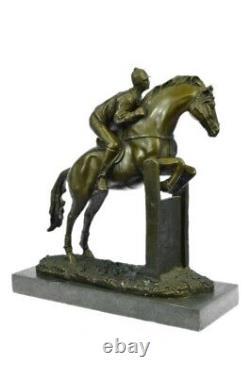 Signée Original Jockey Avec Cheval Bronze Marbre Sport Fonte Sculpture Figurine