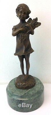 Vintage Signée Bronze Vert Base en Marbre S Buzard Petite Fille Fonte Figurine